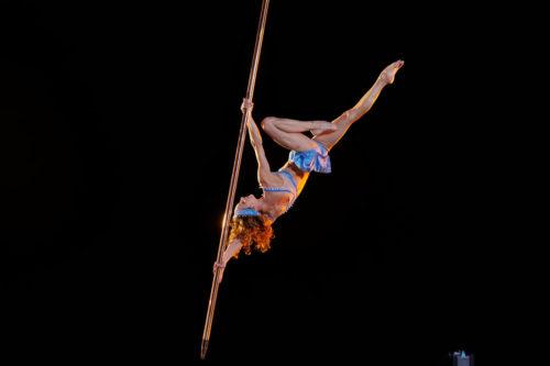 suspended pole lucas saporiti costumes dominique lemieux 2015 cirque du soleil photo 5 orig