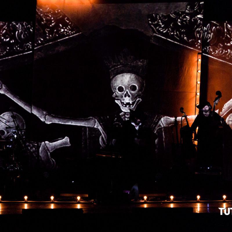 Vinicio.Capossela Tour.Ballate.per .uomini.e.bestie Teatro.Duse Bologna 2019 009