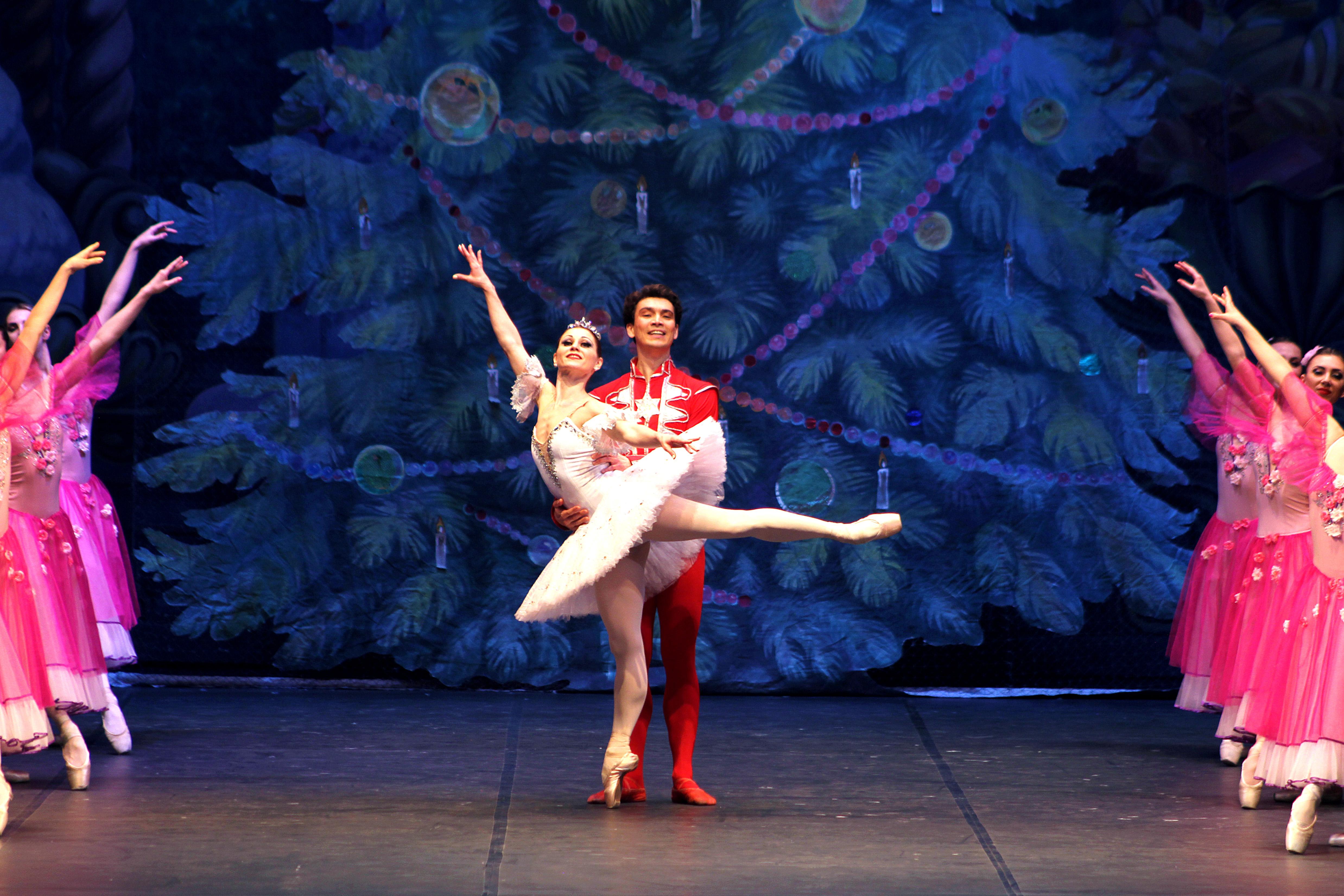2. Foto Lo Schiaccianoci Sofia Festival Ballet