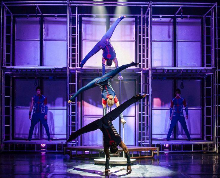 le cirque tilt 1