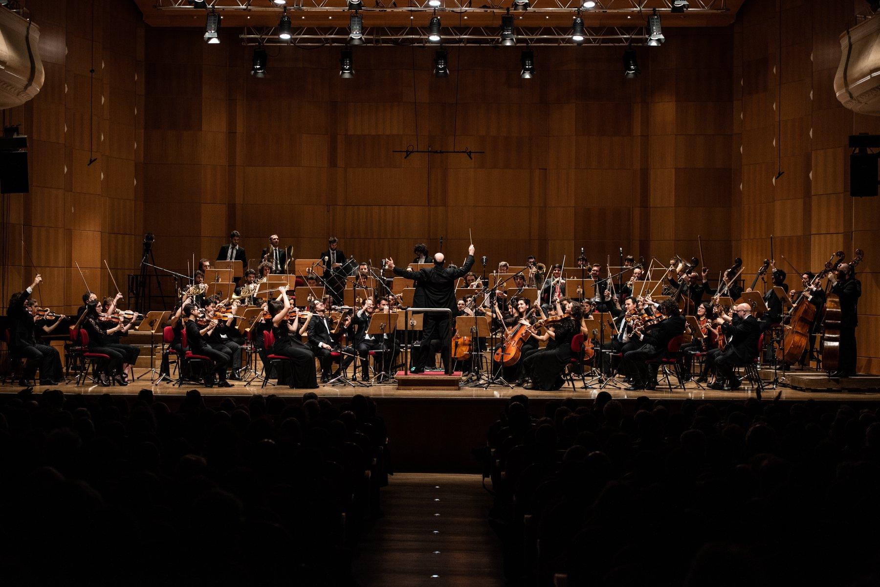 Tommaso Ussardi Orchestra Senzaspine
