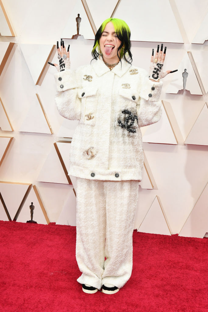 billie eilish oscar 2020 vestiti red carpet look pagelle 1205131785