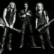 revolution saints I1